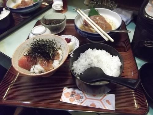 カツオ丼.jpg